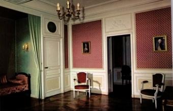 Chambre louis xvi au chateau des bruneaux firminy for Chambre louis xvi